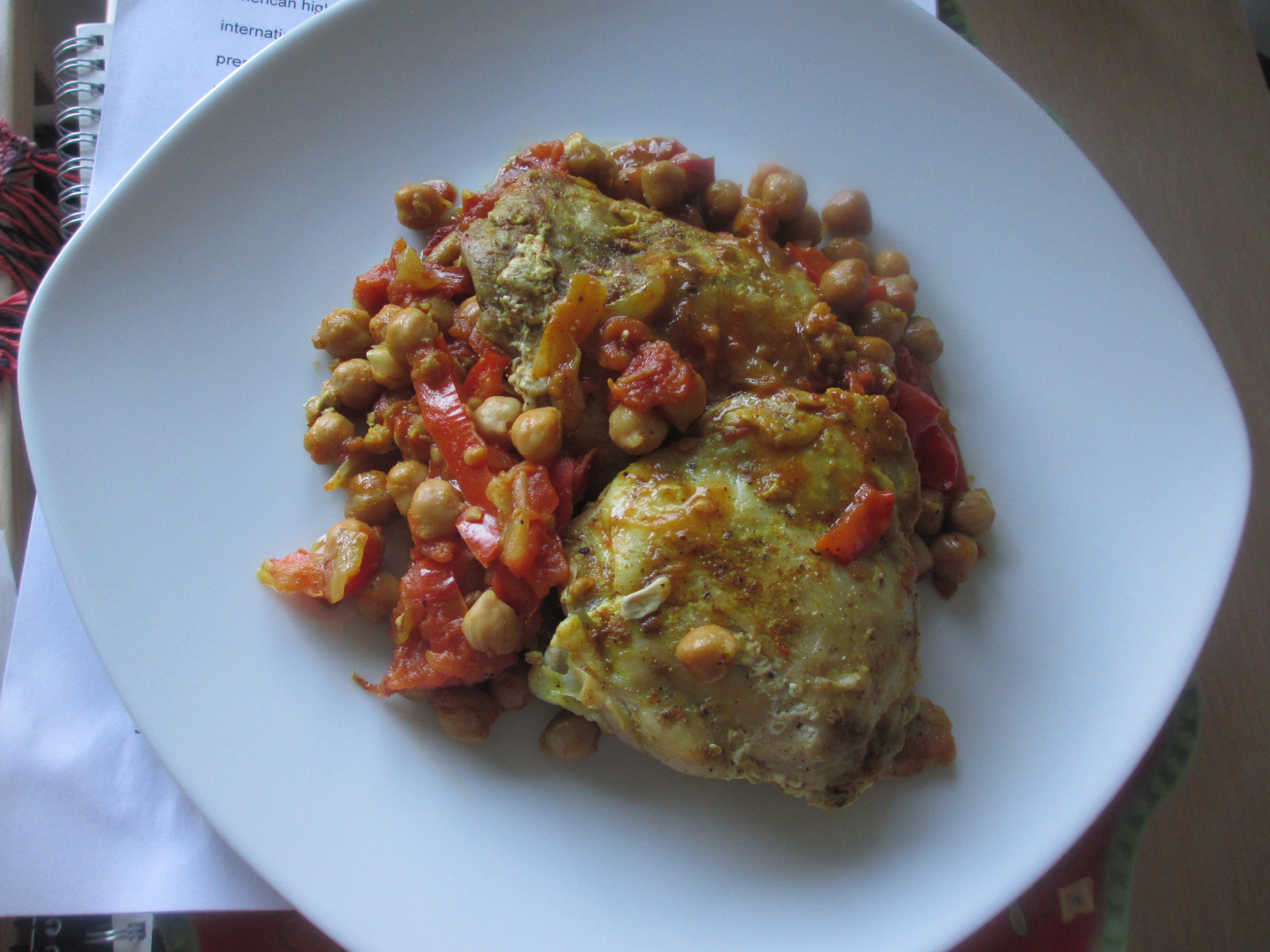 Chickpeas, chicken, and tomatoes